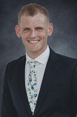 H. Maxwell Wihnyk Attorney Image